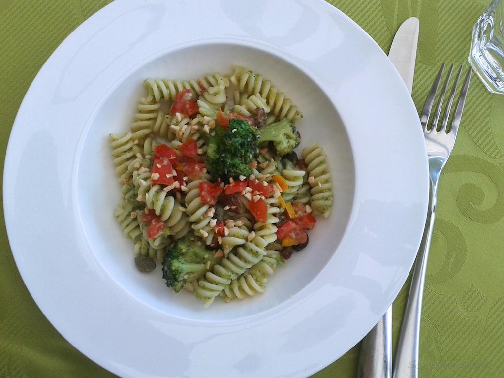 Fusilli mit Brokkoli und Mandeln